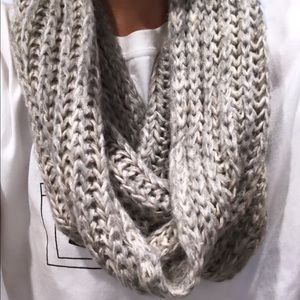 Accessories - Infinity Knit Scarf